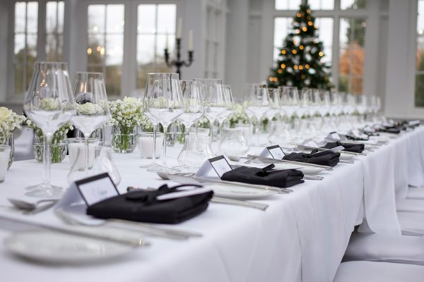A black and white wedding theme is an elegant choice for a winter wedding