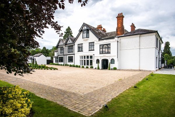 Swynford Manor is one of the finest wedding venues in Cambrideshire - autumn wedding